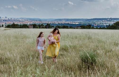 City of Parks: warm family photos from Prague